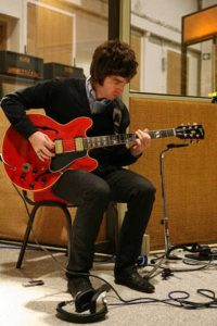 Noel Gallagher owned used guitar
